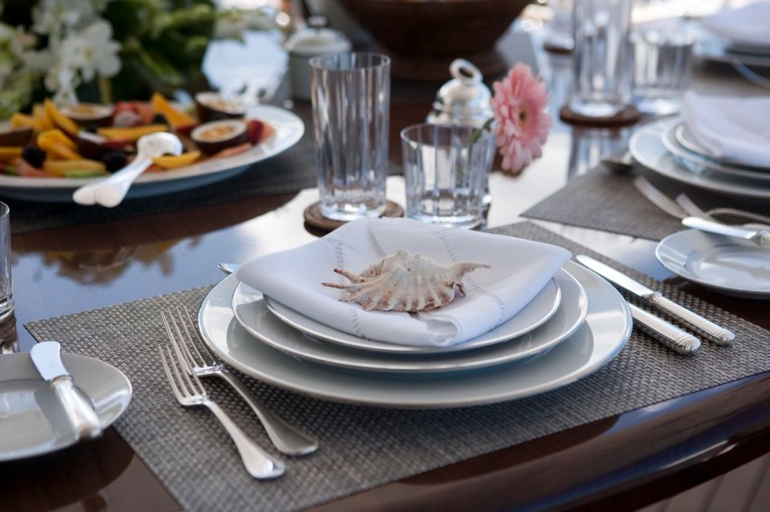 thanksgiving The Best Dining Table Décor Ideas For Thanksgiving seashell