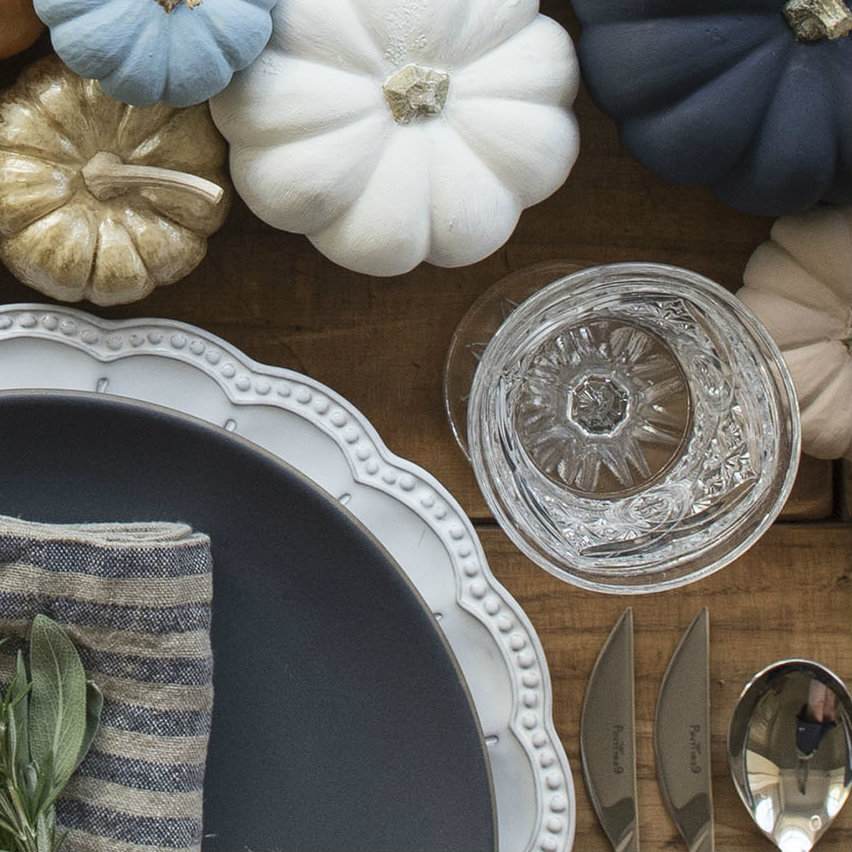 thanksgiving The Best Dining Table Décor Ideas For Thanksgiving small itens close