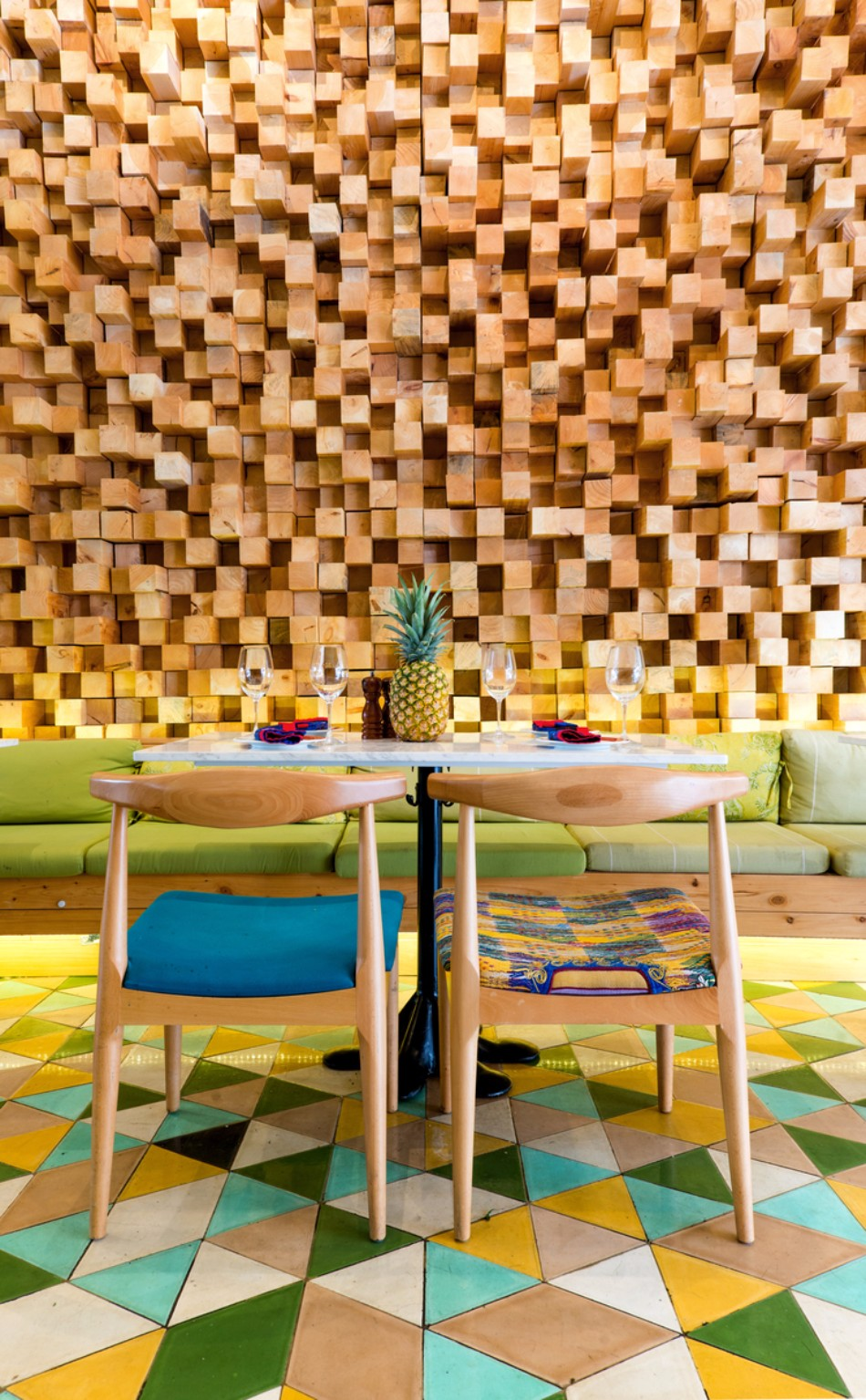 Get Inspired by this Colorful and Outstanding Restaurant Design | www.bocadolobo.com #diningroom #diningarea #thediningroom #diningchairs #restaurants #luxuryrestaurants #restaurantdesign #roomdesign #moderndiningtables @moderndiningtables Restaurant Design Get Inspired by this Colorful and Outstanding Restaurant Design Get Inspired by this Colorful and Outstanding Restaurant Design 2