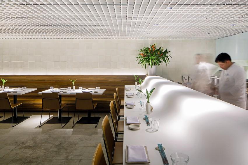 luxury restaurant Gurumê Luxury Restaurant by Bernardes Arquitetura gurume2