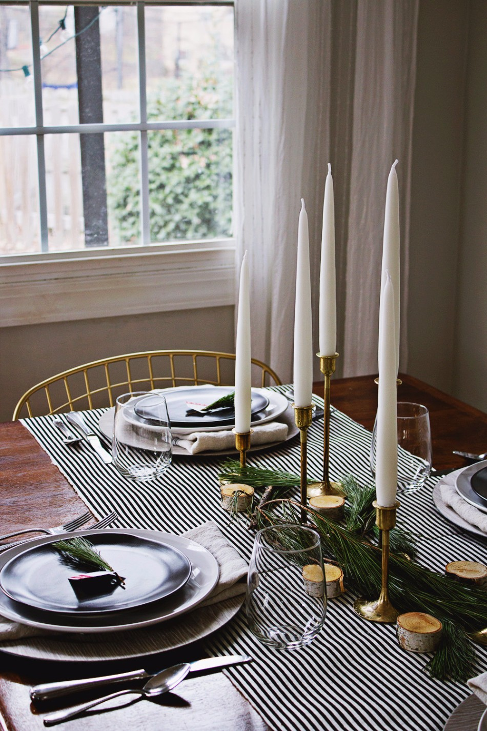 dining table decor 5 Ideas on How to Prepare The Best Dining Table Decor for Christmas 5 Ideas on How to Prepare The Best Dining Table Decor for Christmas