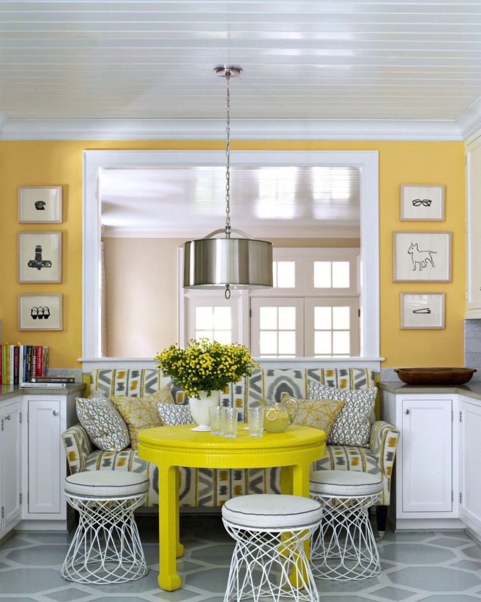 10 Different Ways to Make A Statement in Your Dining Area | www.bocadolo.com #diningroom #diningarea #statementpieces #interiordesign #exclusivedesign #moderndiningtables @moderndiningtables dining room 10 Different Ways to Make A Statement in Your Dining Room 10 Different Ways to Make A Statement in Your Dining Room7 1