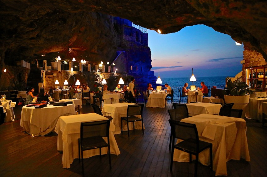 dining experiences Luxury Dining Experiences: An Italian Restaurant In A Cave New York Hotel Design by Gerner Kronick and Valcarcel Architects5
