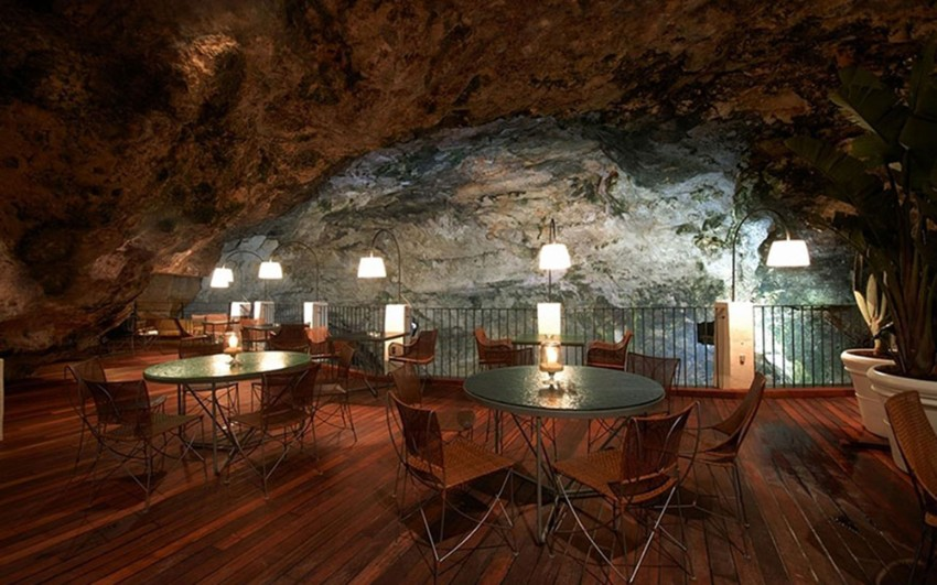dining experiences dining experiences Luxury Dining Experiences: An Italian Restaurant In A Cave New York Hotel Design by Gerner Kronick and Valcarcel Architects6