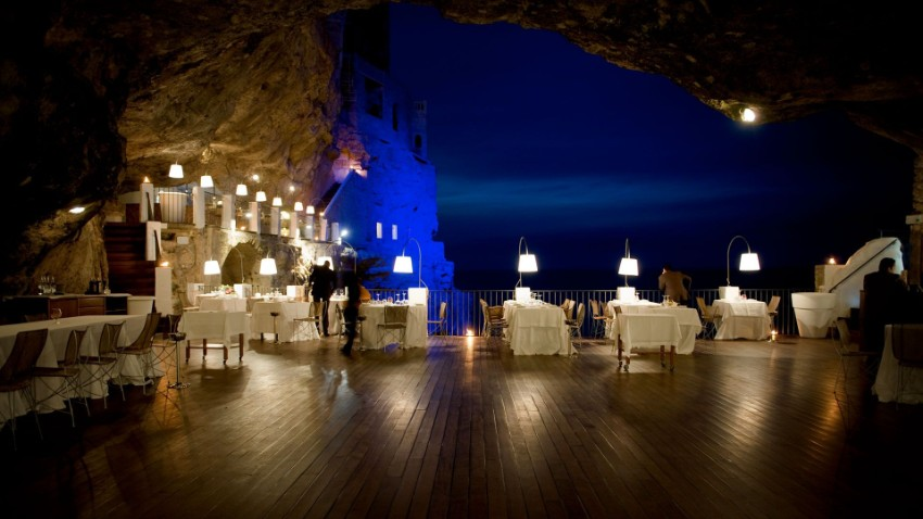 dining experiences dining experiences Luxury Dining Experiences: An Italian Restaurant In A Cave New York Hotel Design by Gerner Kronick and Valcarcel Architects8