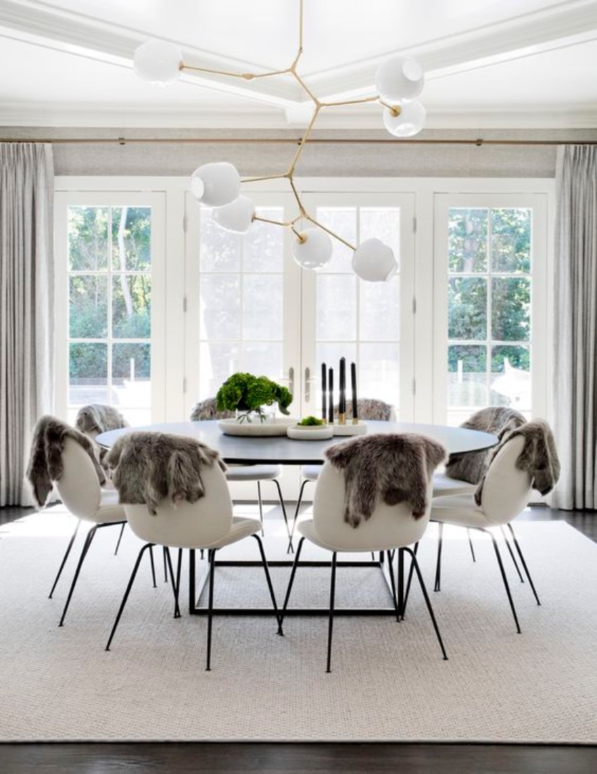 round dining tables 10 Round Dining Tables For The Most Luxury Dining Areas 10 Round Dining Tables to Create a Cozy and Modern Decor3 1