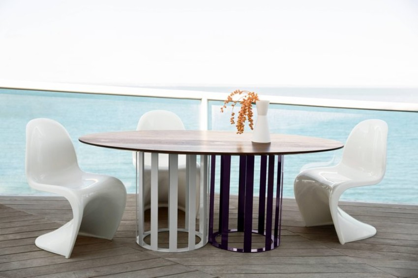 metal dining tables 10 Metal Dining Tables for a Contemporary and Luxurious Dining Room 6 10 Metal Dining Tables for a Contemporary and Luxurious Dining Room