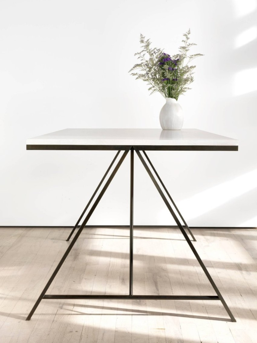 metal dining tables 10 Metal Dining Tables for a Contemporary and Luxurious Dining Room 9 10 Metal Dining Tables for a Contemporary and Luxurious Dining Room