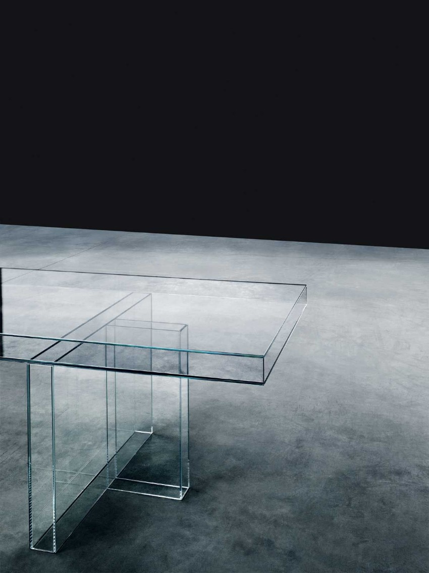 Translucent Glass Dining Tables That Will Catch Your Attention