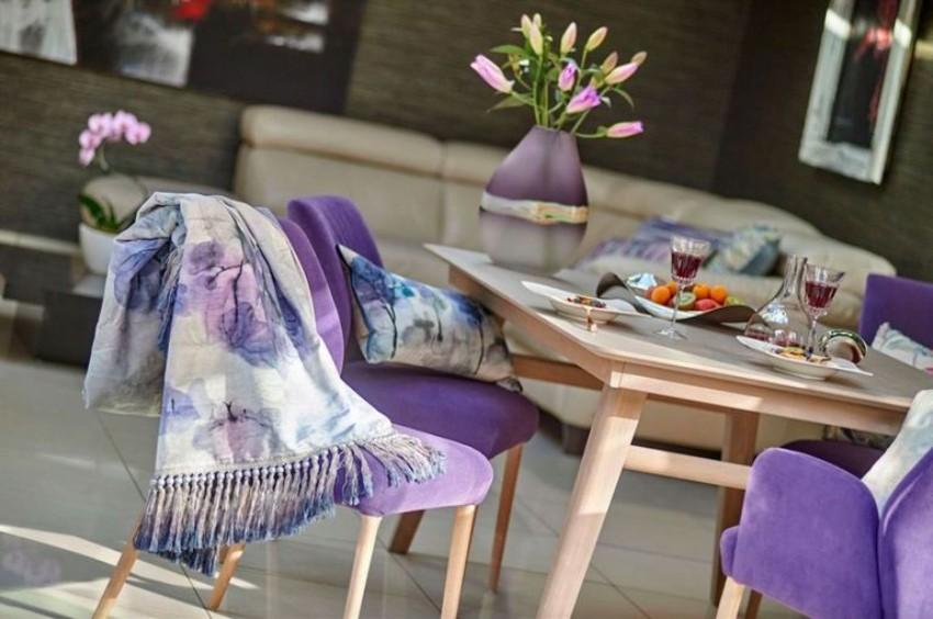 pantone Pantone's Ultra Violet: Decor Ideas For Your Dining Room Pantone   s Ultra Violet Decor Ideas For Your Dining Room 13