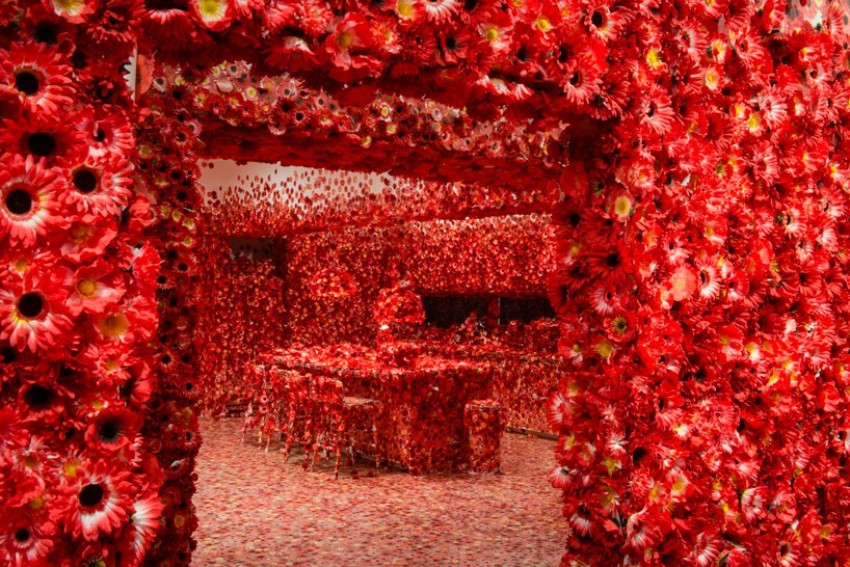 The Most Unique Dining Room You Have Ever Seen By Yayoi Kusama dining room The Most Unique Dining Room You Have Ever Seen By Yayoi Kusama The Most Unique Dining Room You Have Ever Seen By Yayoi Kusama 0 1