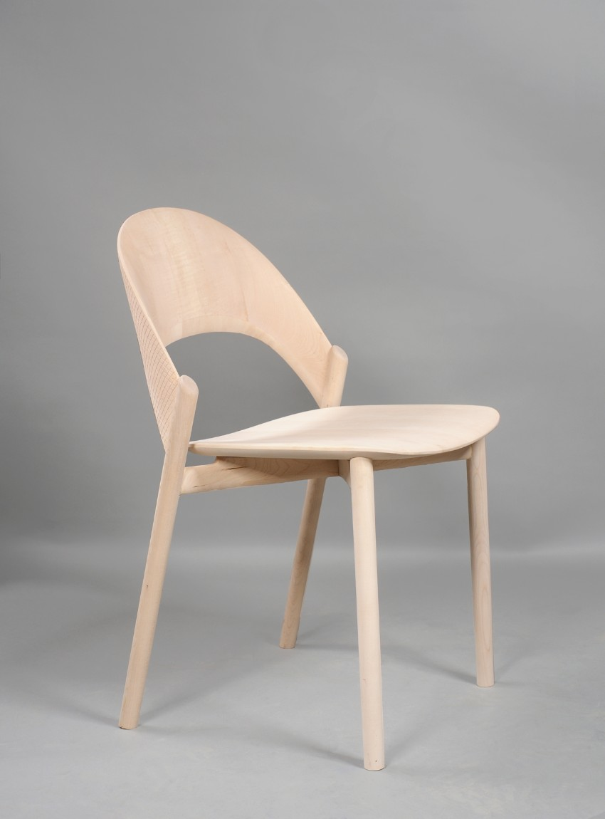 The Sana Dining Chair: Be Hugged While Having Dinner