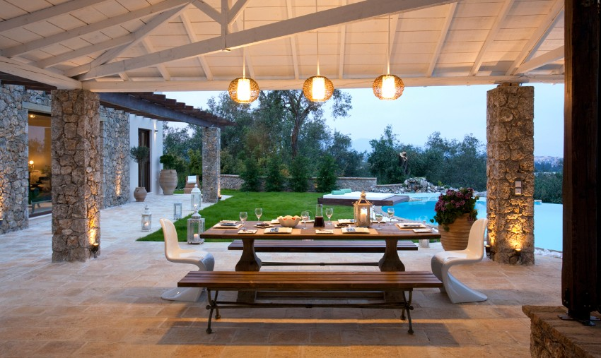 10 Elegant Outdoor Dining Areas To Inspire You This Summer outdoor dining 10 Elegant Outdoor Dining Areas To Inspire You This Summer 3 10 Elegant Outdoor Dining Areas To Inspire You This Summer