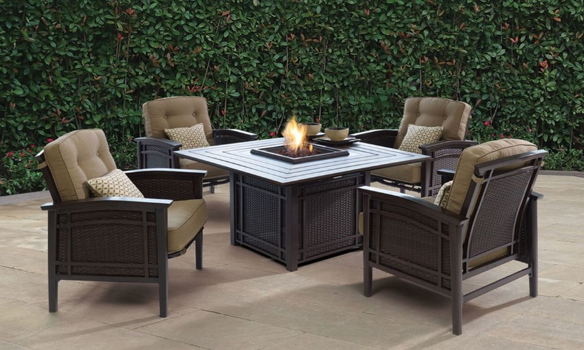 outdoor dining 10 Elegant Outdoor Dining Areas To Inspire You This Summer 6 10 Elegant Outdoor Dining Areas To Inspire You This Summer