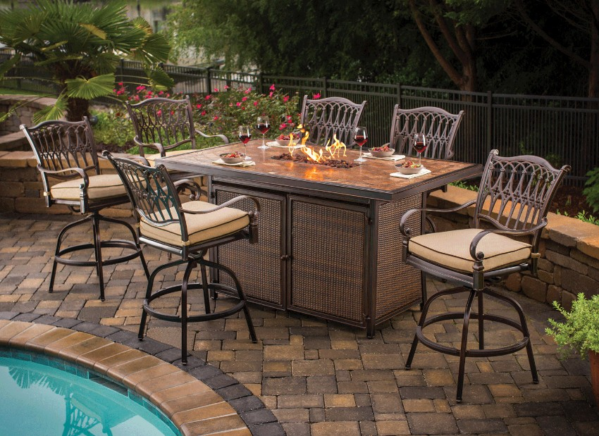 outdoor dining 10 Elegant Outdoor Dining Areas To Inspire You This Summer 7 10 Elegant Outdoor Dining Areas To Inspire You This Summer