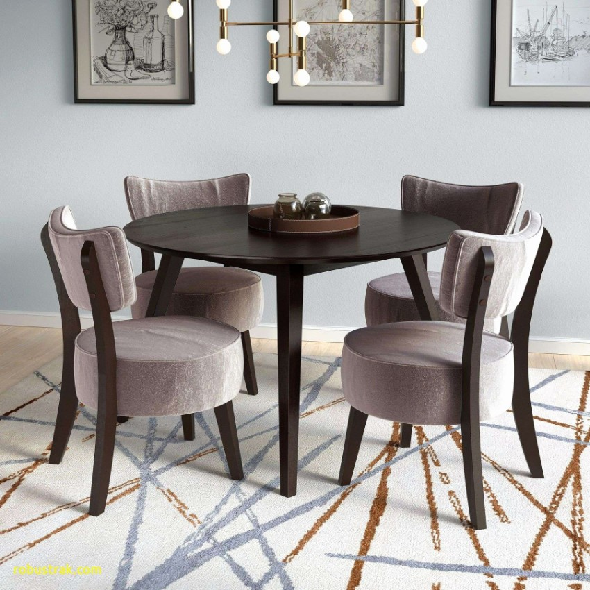 Velvet Dining Chairs Are The Key to Sophistication