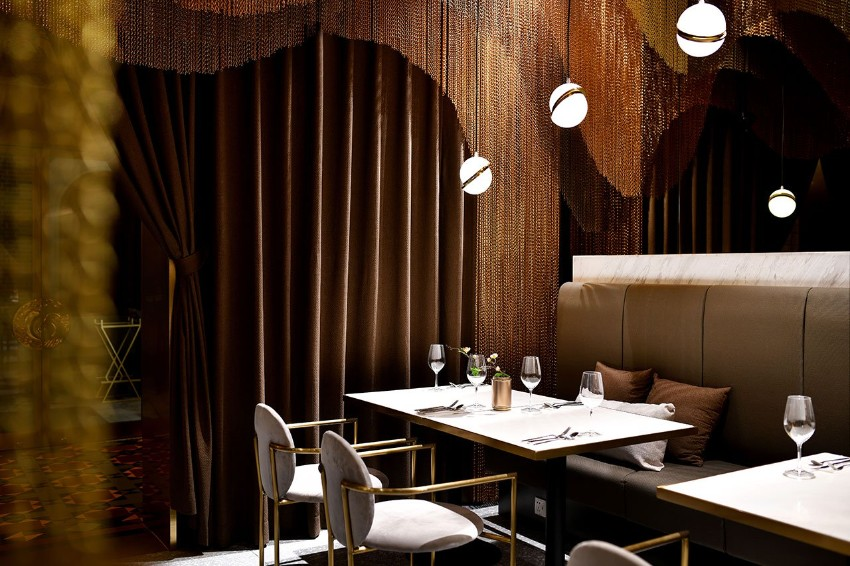 Enjoy Chinese Tea Culture with the Most Soothing Dining Design