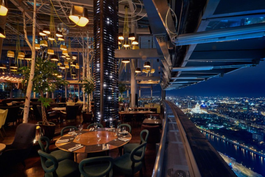 Dining Design Haut Dining Design Of The Highest Restaurant In Europe Haut Dining Design Of The Highest Restaurant In Europe 2