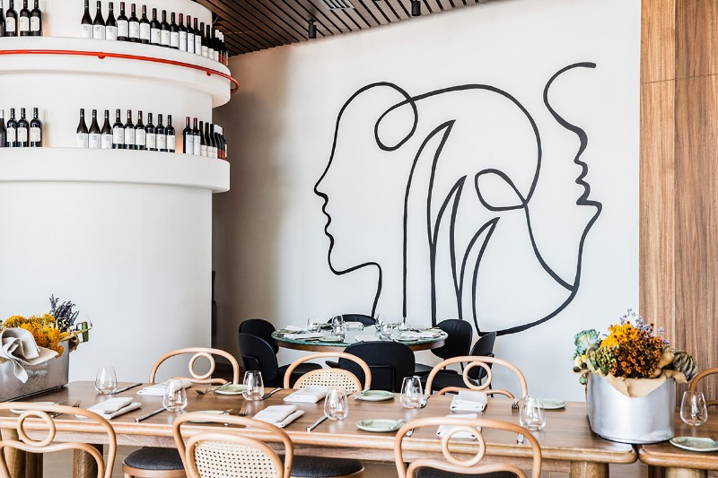 contemporary Traditional Meets Contemporary in Été Restaurant Australian Restaurant Fuses Two Cultures 13