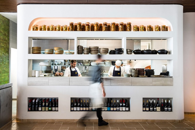 contemporary Traditional Meets Contemporary in Été Restaurant Australian Restaurant Fuses Two Cultures 14