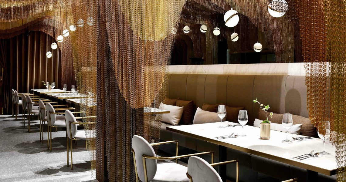 Restaurant Conjures the Beauty of Chinese Countryside in a Dining Area