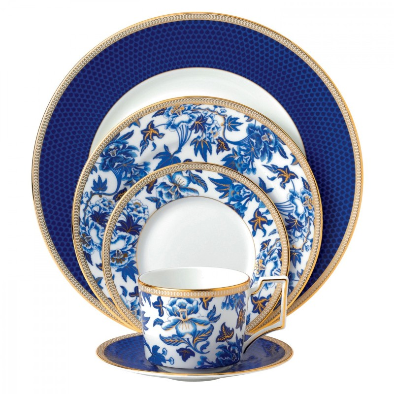 dinner set Luxury Dinner Sets For Your Modern Dining Table Wedgwood Hibiscus
