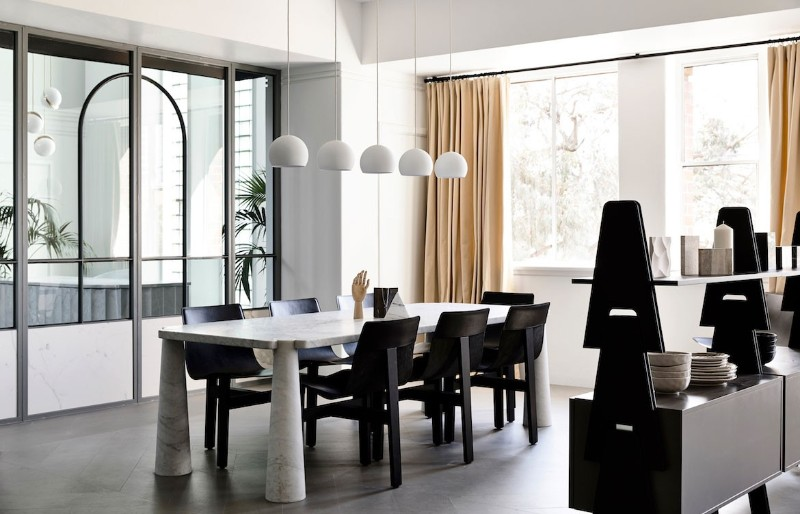 modern dining tables 2019 Colorful Trends for Your Modern Dining Tables Angelo Mangiarotti AgapeCasa Eros