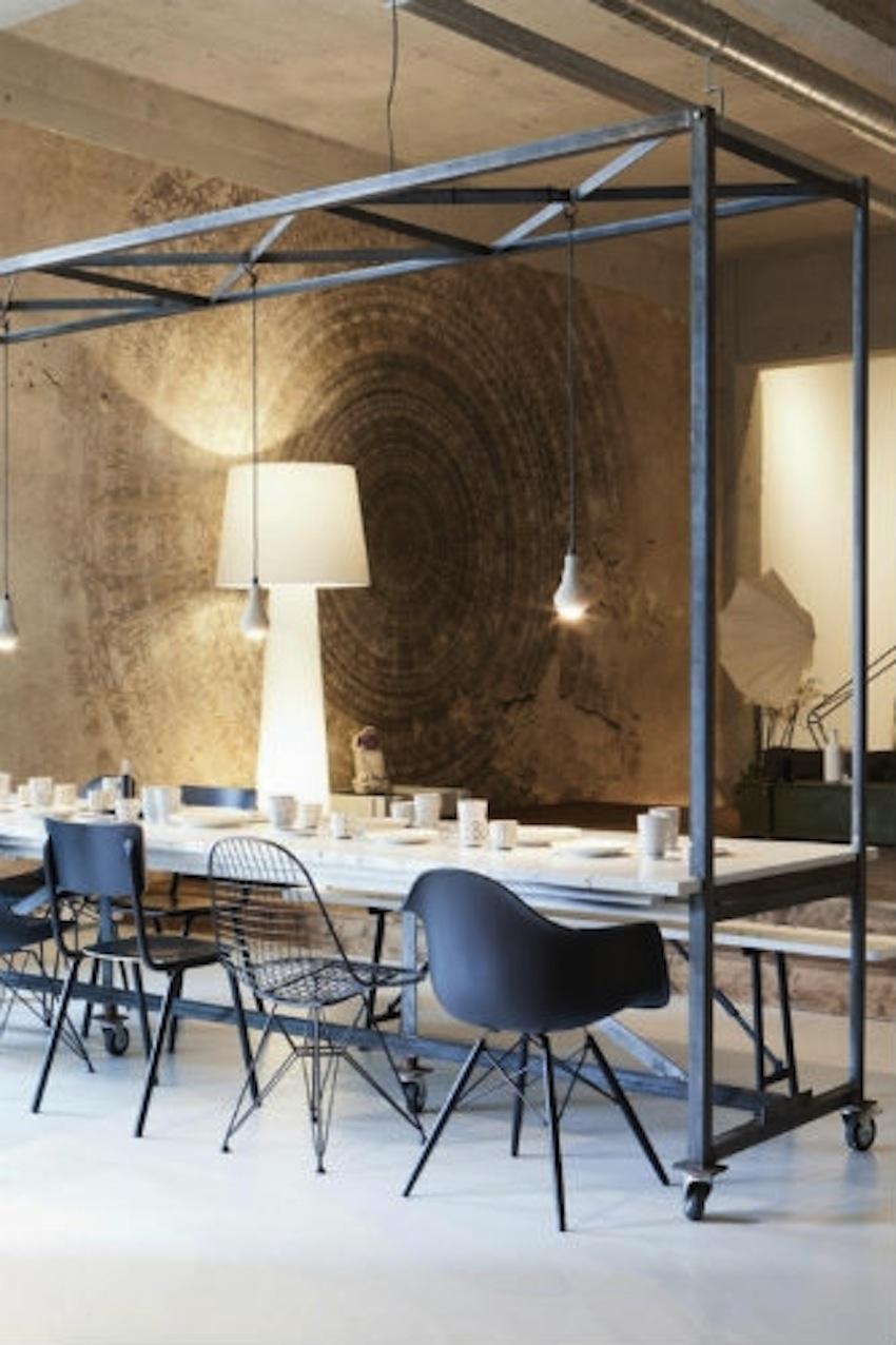 Modern-Dining-Room-Tables-Ideas-3