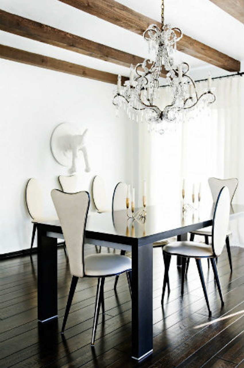Modern-Dining-Room-Tables-Ideas-40