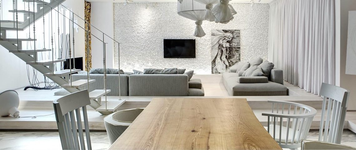 Smashing Modern Dining Room Ideas That You Will Covet ➤ Discover the season's newest designs and inspirations. Visit us at www.moderndiningtables.net #diningtables #homedecorideas #diningroomideas @ModDiningTables modern dining room ideas Smashing Modern Dining Room Ideas That You Will Covet Smashing Modern Dining Room Ideas That You Will Covet 1140x481