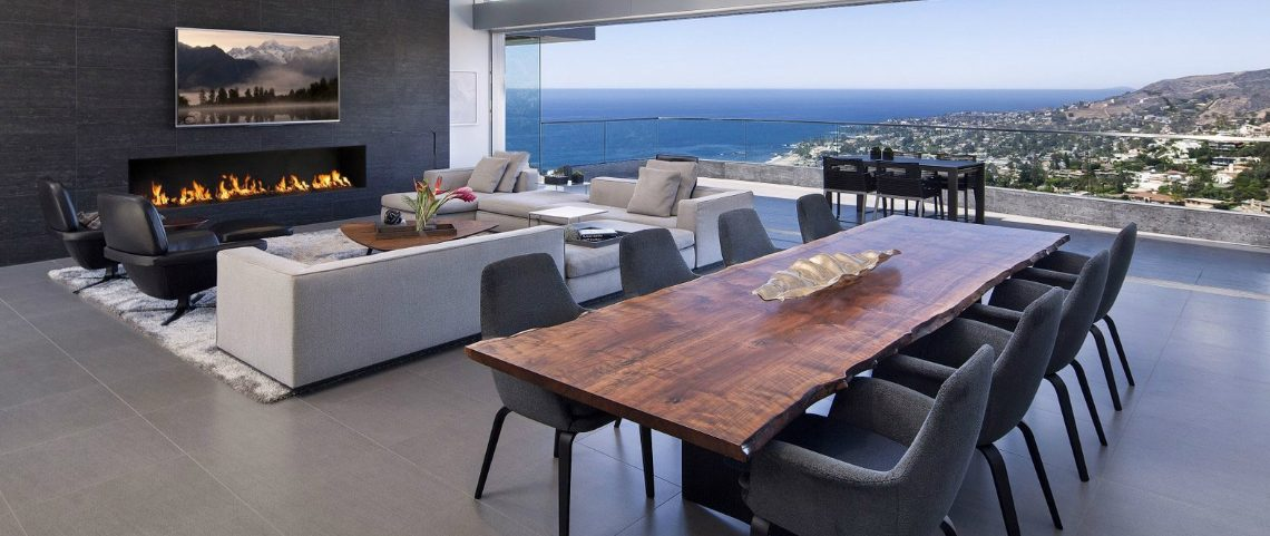 Live-Edge Dining Table 15 Natural Live-Edge Dining Tables 0000 1140x481