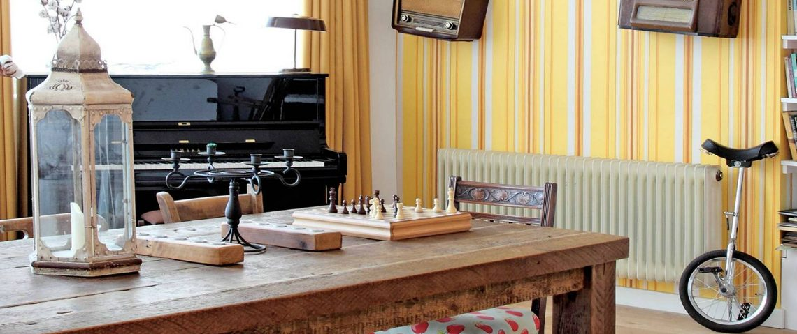 wallpaper How to Decorate the Dining Room with a Dazzling Wallpaper 111 4 1140x479