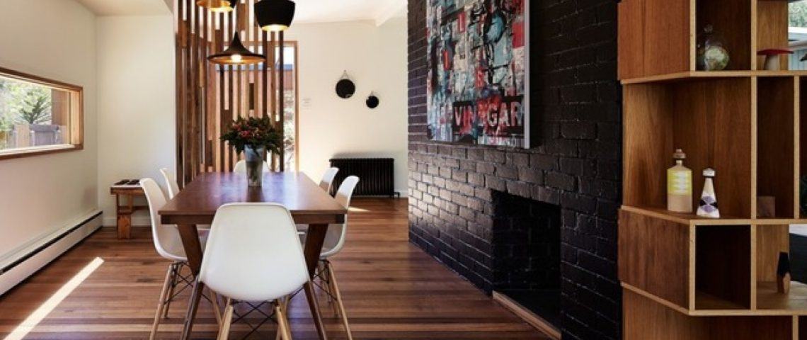 black accent wall 10 Black Accent Walls Dining Rooms 1111111 1140x480