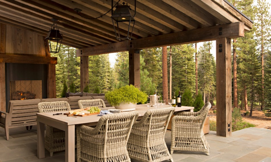 Striking Outdoor Dining Room Ideas | Modern Dining Tables on Patio Dining Area Ideas id=54519