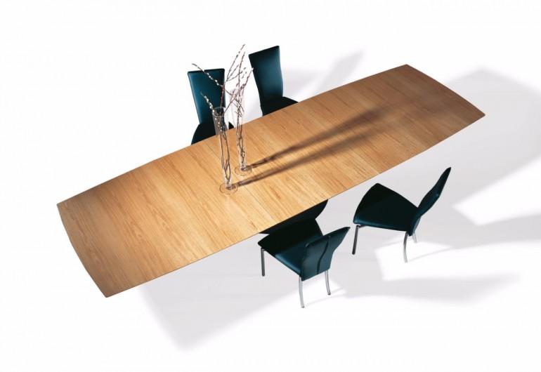 Wood Dining Tables To Match Luxury Interiors | www.bocadolobo.com #moderndiningtables #diningtables #diningroom #thediningroom #diningarea #diningareadesign #wood #luxuryinteriors #exclusivedesign #luxury #luxurious #luxurybrands #luxuryproducts #luxuryfurniture @moderndiningtables