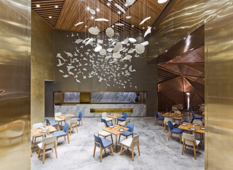 A Beautiful Luxury Restaurant Designed By Panorama | www.bocadolobo.com #moderndiningtables #diningtables #diningroom #diningarea #roomdesign #diningareadesign #restaurants #restaurant #luxuryrestaurant #luxurydining @moderndiningtables