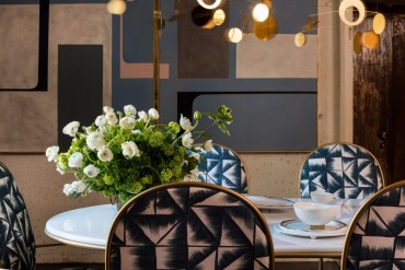 The Dining Chairs You Need To See From Rossana Orlandi's Room Design | www.bocadolobo.com #moderndiningtables #diningroom #thediningroom #diningarea #interiordesign #diningchairs #roomdesign #exclusivedesign #tables #chairs @moderndiningtables