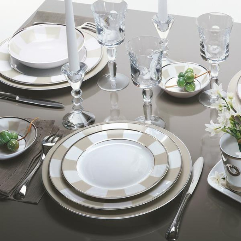 The Essential Tableware For a Luxury Dining Table luxury dining table The Essential Tableware For a Luxury Dining Table The Essential Tableware For a Luxury Dining Table 25