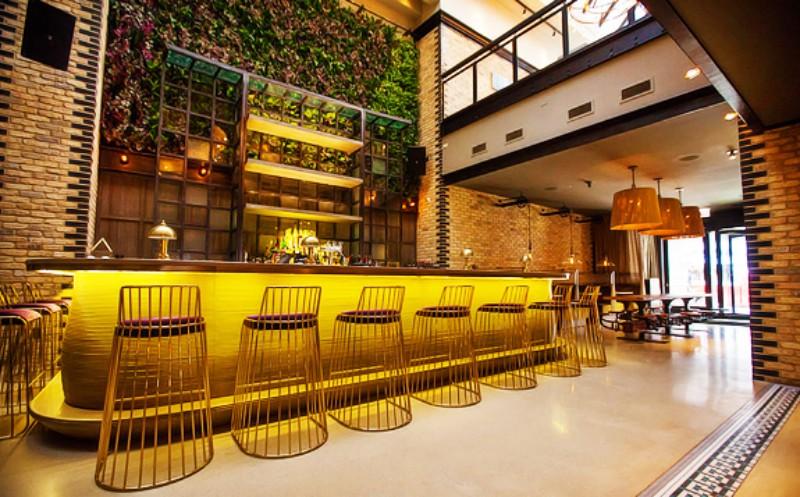 World's Best Restaurants to Spend the Christmas Eve luxury restaurants World's Best Luxury Restaurants to Spend the Christmas Eve World   s Best Restaurants to Spend the Christmas Eve 9