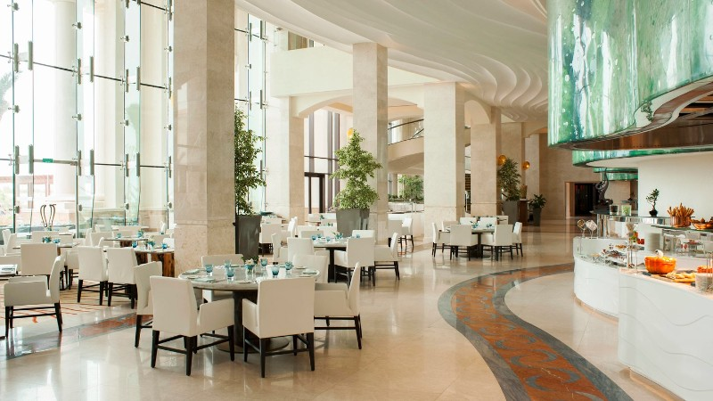 Top Luxury Dining Rooms By The Best Hotels In Middle East dining rooms Top Luxury Dining Rooms By The Best Hotels In Middle East auhxr olea restaurant 7356 hor wide