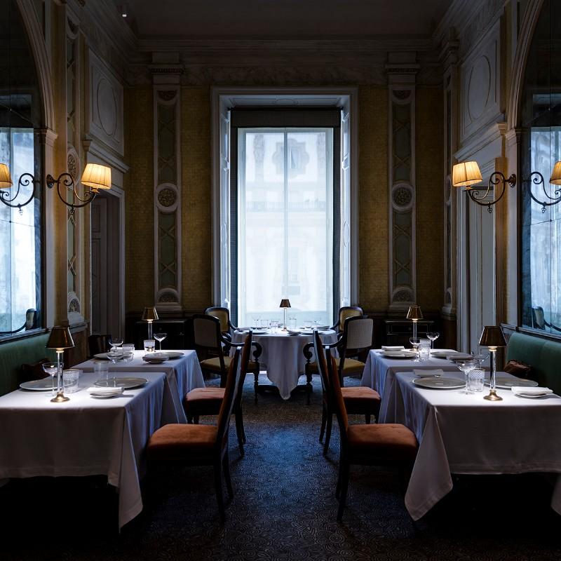 luxury restaurant The best luxury restaurant designed by Studio Peregalli cracco galleria 1